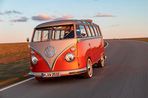 Volkswagen Ready To Revive The Samba Bus