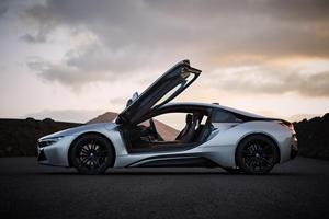 Former BMW i8 Developer Joins Apple's Car Project