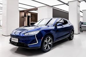 Huawei Wants To Beat Apple In Driverless Car Race