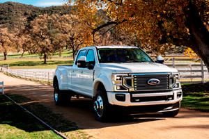 Beware: Your Ford Super Duty Could Lose Its Front Wheels