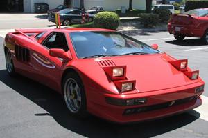 Expensive Failures: Cizeta V16T