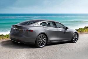 NHTSA Investigating 30 Tesla Crashes Including 10 Deaths