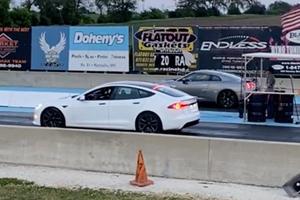 Watch Tesla Model S Plaid Destroy A Nissan GT-R In A 1/4-Mile