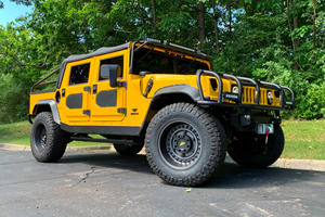 Mil-Spec Hummer M1-R Review: Apocalypse-Ready