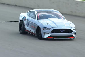 All-Electric Mustang Cobra 1400 Smashes Quarter-Mile Record