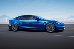 Tesla Model S Plaid With 50% Battery Charge Quicker Than Most Supercars