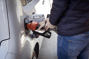 Oregonians Are Allowed To Pump Their Own Gas This Week