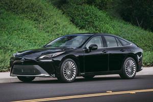 Lexus GS To Return As A Hydrogen Car