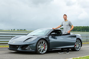 F1 World Champion Is The First To Drive A Lotus Emira