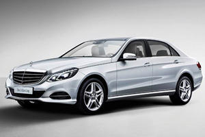 Benz Stretches the E-Class for China