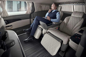 Luxury Kia Carnival Limo Has A Built-In Foot Massager