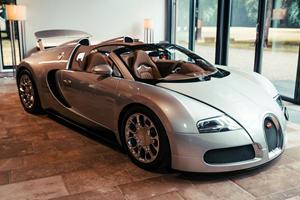 Rare Bugatti Veyron Grand Sport Restored To Former Glory