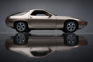 Iconic Porsche 928 From 'Risky Business' Is A Hollywood Star