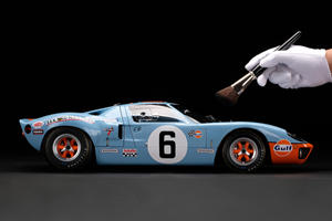 This Ford GT40 Scale Model Is Absurdly Detailed