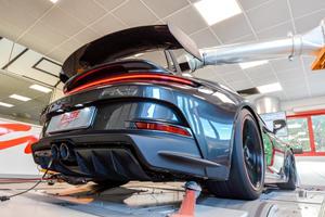 The New Porsche 911 GT3 Sounds Amazing At 9,000 RPM!