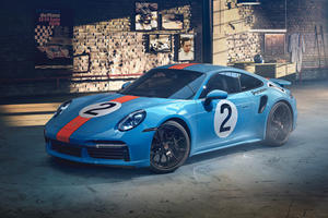 One-Off Porsche 911 Turbo S Honors Mexico's Greatest Racer
