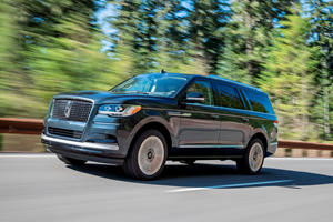 2022 Lincoln Navigator First Look Review: Hands-Free Luxury
