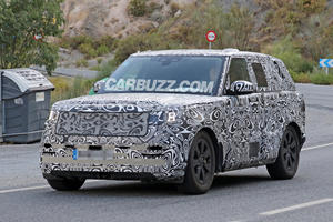 High-Performance Range Rover SVR Spied For The First Time