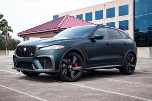The 2021 Jaguar F-Pace SVR Is The World's Craziest SUV