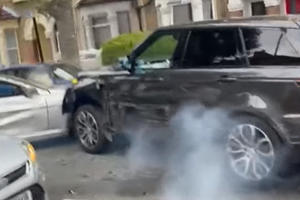 Range Rover Smashes Through Street Full Of Cars Trying To Escape