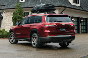 Mopar Is Coming For Your Jeep Grand Cherokee L