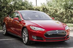 Tesla Pays Back $465 Million Loan