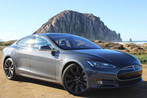 Tesla Wants a Leaf Rival