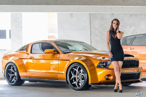 Ultimate Auto Girl Charms Super Snake