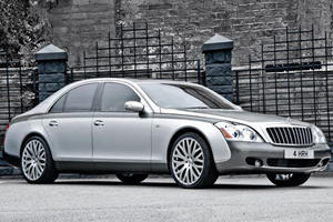 Kahn Honors Queen with Custom Maybach