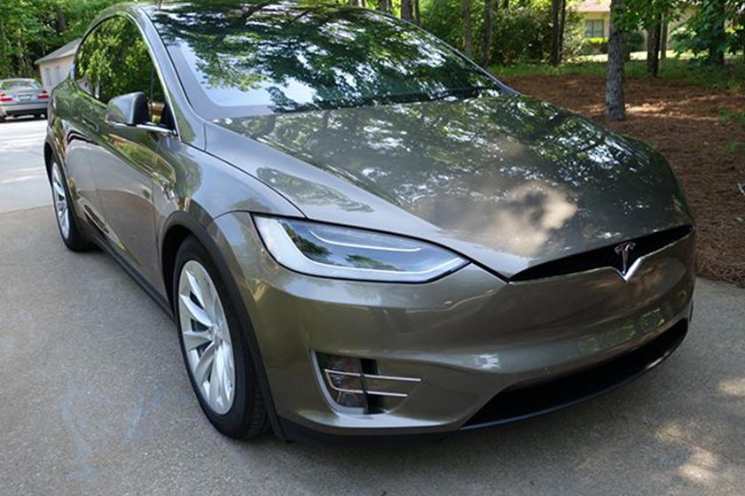 Even Replacing The Tesla Model X's Windshield Costs Thousands Of Dollars