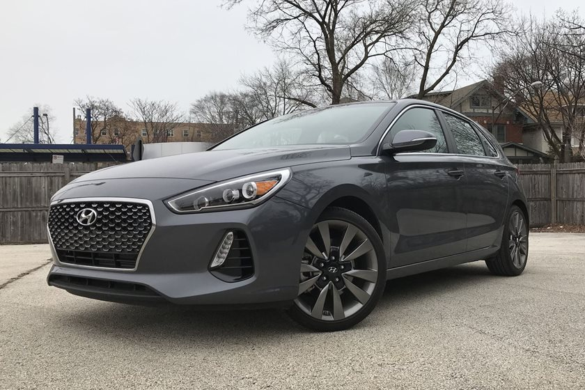 2018 hyundai elantra gt test drive review a grown up hatchback that s just hot enough carbuzz 2018 hyundai elantra gt test drive