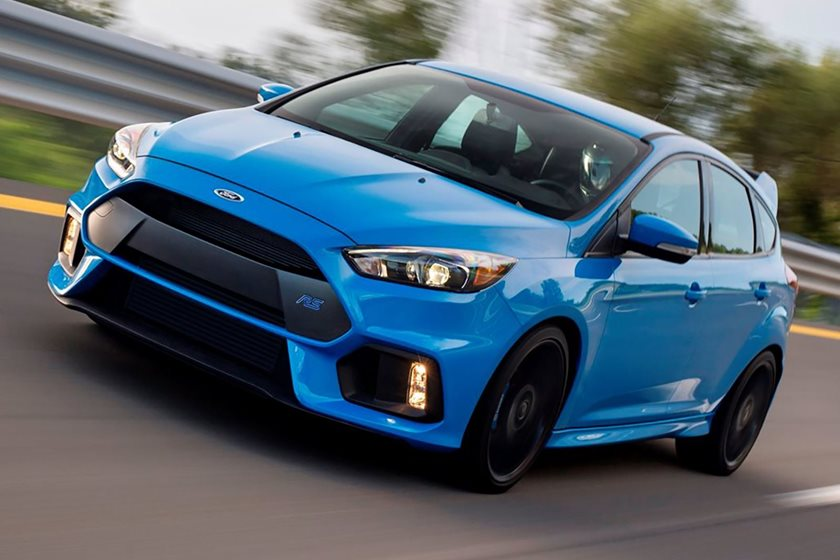 Focus Rs Hp >> New Ford Focus Rs Could Be A 400 Hp Hot Hatch Hybrid Carbuzz
