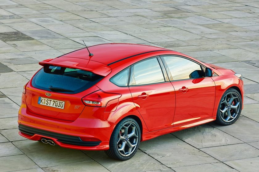 Ford Focus St 0 60 >> Affordable And Comfortable Fun 2018 Ford Focus St Carbuzz
