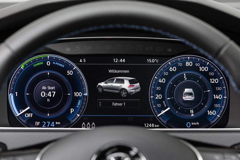 Volkswagen Working Towards Doubling EV Battery Range | CarBuzz