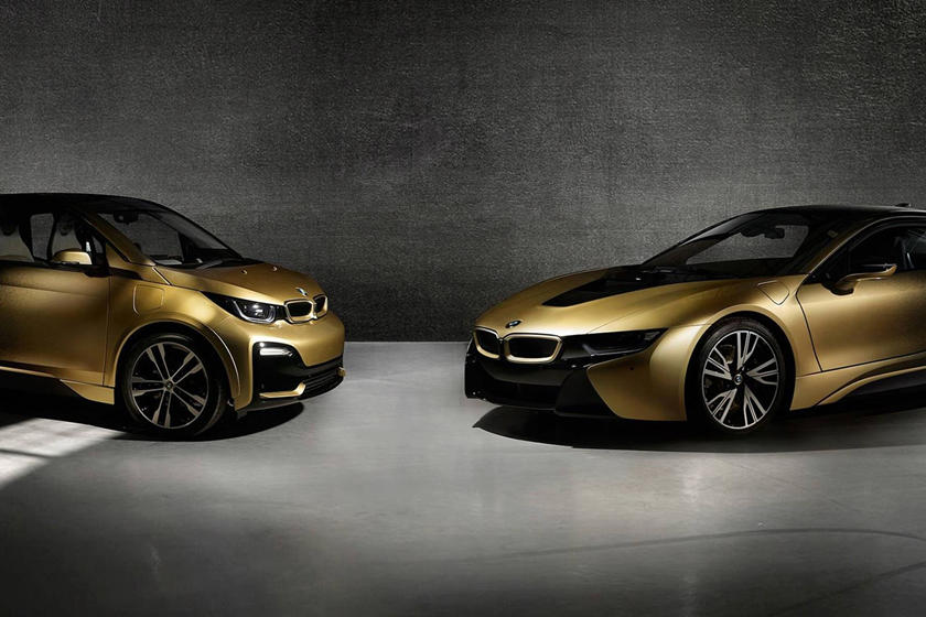 One Off Bmw I8 And I3 Starlight Edition Features 24 Carat Gold Paint