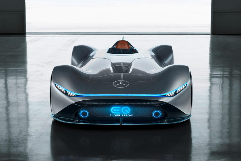 Mercedes Vision Eq Silver Arrow Is A Stunning 750 Hp Electric Speedster Carbuzz
