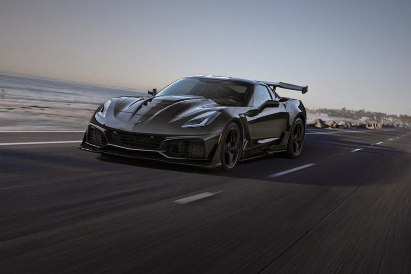 Corvette Zr1 Vs Ford Gt Is The Drag Race We Ve All Been Waiting For