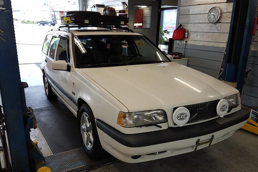 Weekly Craigslist Hidden Treasure 1997 Volvo 850 Awd Turbo Wagon Carbuzz