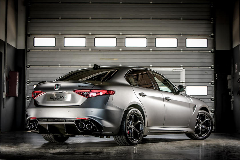 Alfa Romeo Giulia 0 60 >> 13 Sedans That Can Sprint From 0 60 Mph In Under 4 Seconds