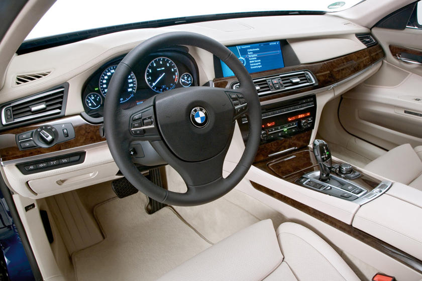 V12-Powered BMW 7 Series Recalled In US | CarBuzz