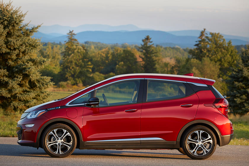 GM Wants Seven Million Electric Cars On The Road By 2030 ...