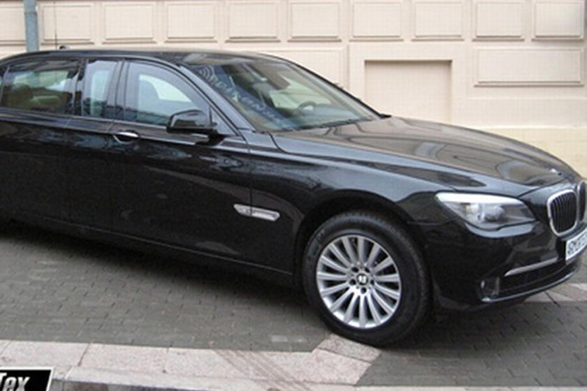 Armored And Stretched Bmw 760 Xli High Security By Armortech Carbuzz