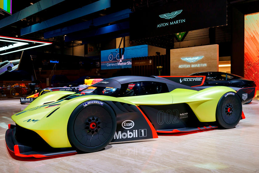 New Aston Martin Valkyrie Details Are Here For Your Indulgence Carbuzz