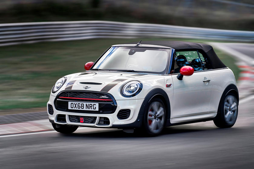 Mini Jcw Hardtop And Convertible Updated For 2019 Carbuzz