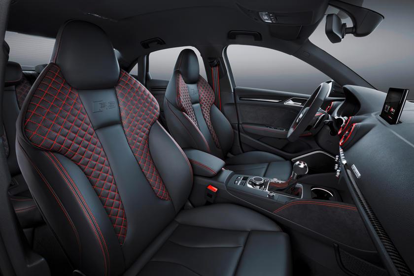 Audi 0 60 >> Watch The Audi Rs3 Destroy 0 60 Mph Estimates Carbuzz