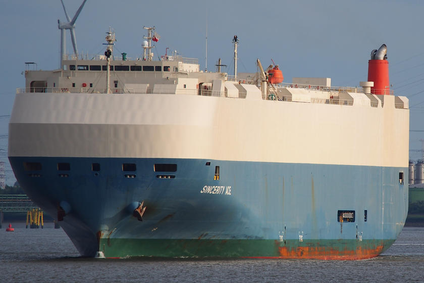 Ship A Car >> Car Carrier Ship Loaded With Nissans Catches Fire Carbuzz
