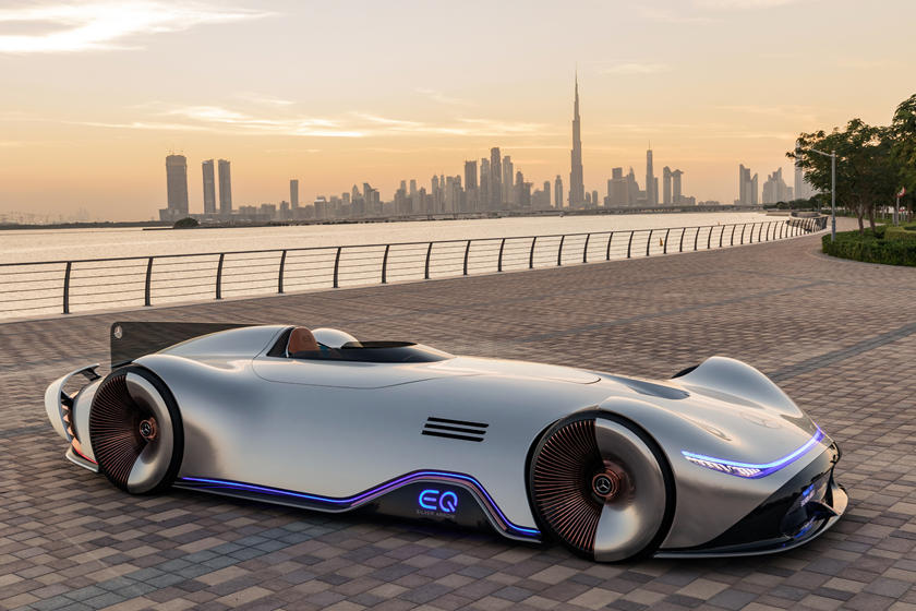 Mercedes Benz Eq Silver Arrow First Drive Review Hey Mercedes Take Me To Mars Carbuzz