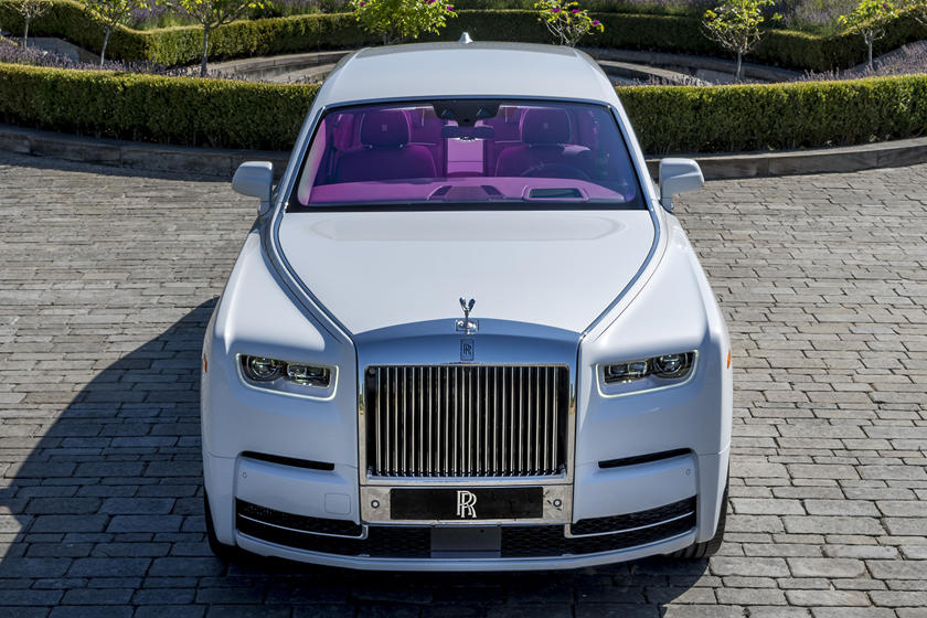 New Rolls Royce >> The Sky S The Limit When Ordering A New Rolls Royce Carbuzz