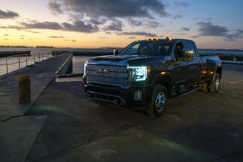All New 2020 Gmc Sierra Hd Arrives With Advanced Towing Tech Carbuzz
