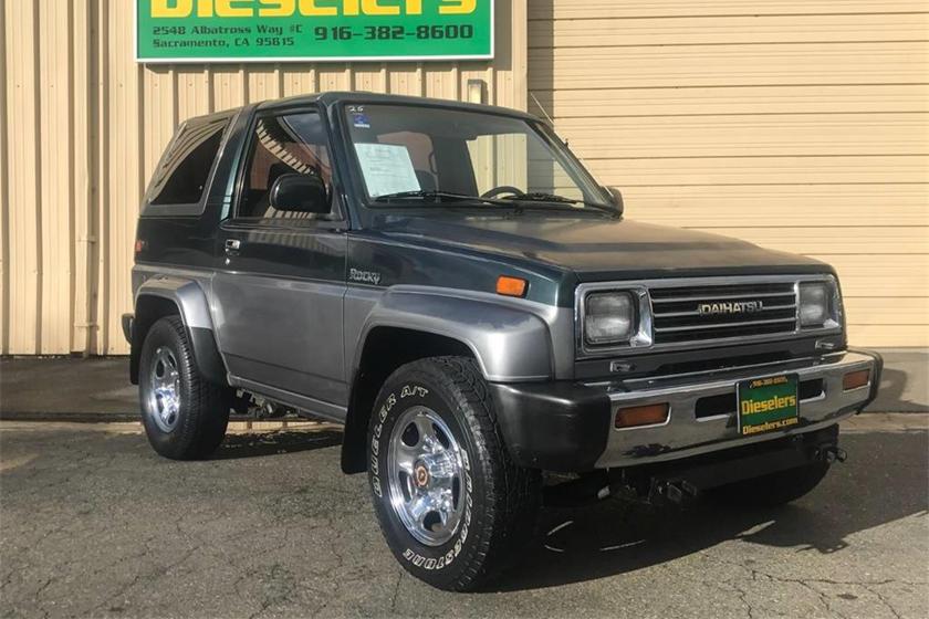 Weekly Craigslist Hidden Treasure: 1992 Daihatsu Rocky | CarBuzz